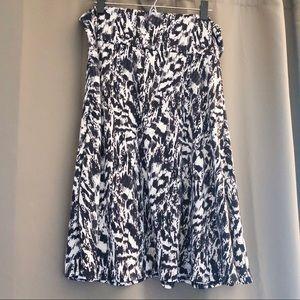 NEW LULAROE Azure Skirt Black and White Print 2XL